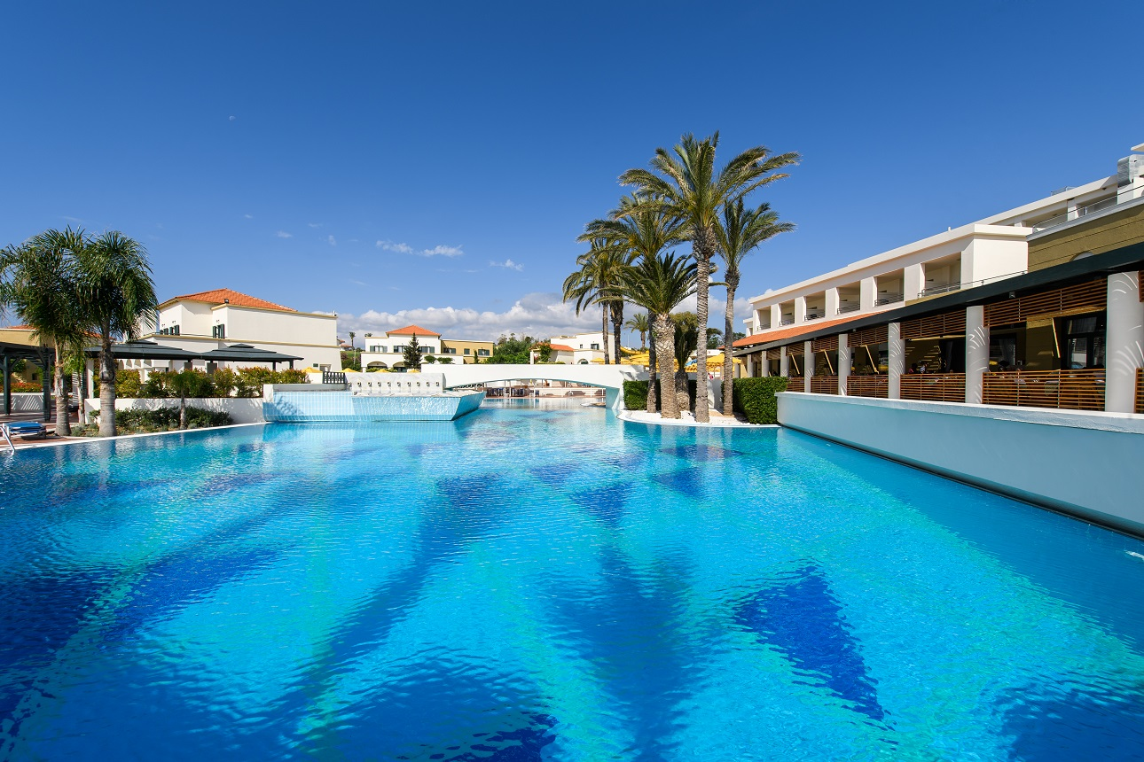 Rodos Maris Beachfront Resort  U0026 Spa
